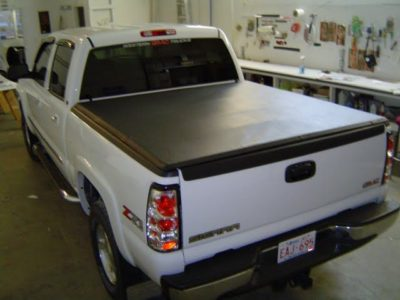 Tonneau Cover // Vehicle Accessories