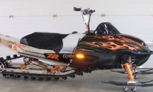 snowmobile-custom-flames