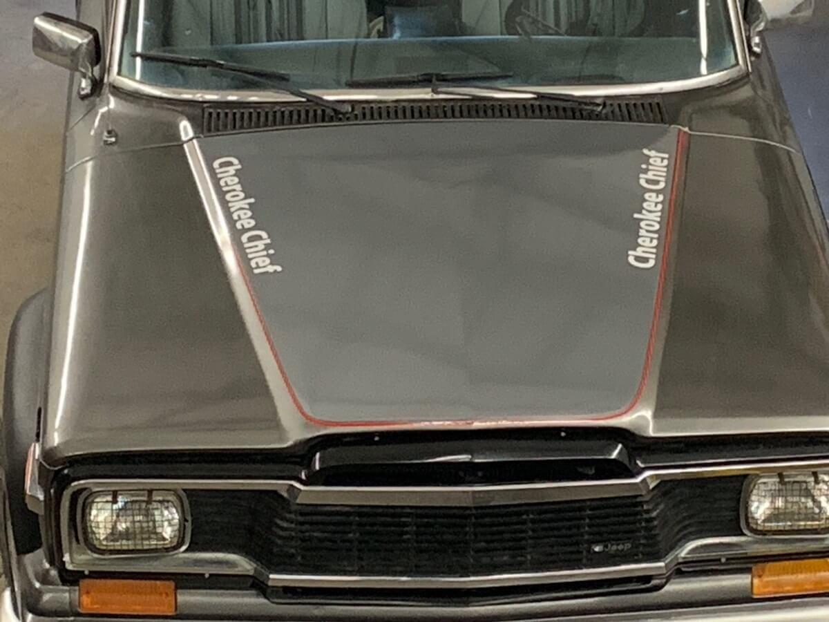 Trucks - Custom Truck Graphics - Vehicle Wraps - Classic